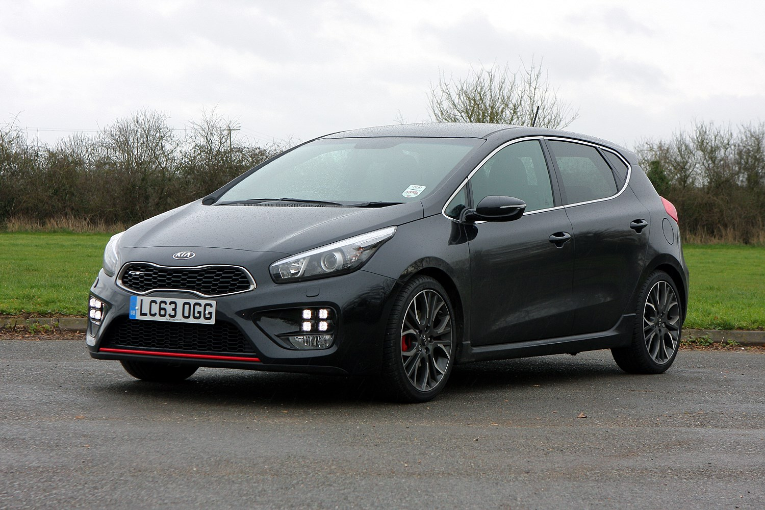used kia ceed gt 2013 2018 review parkers. Black Bedroom Furniture Sets. Home Design Ideas
