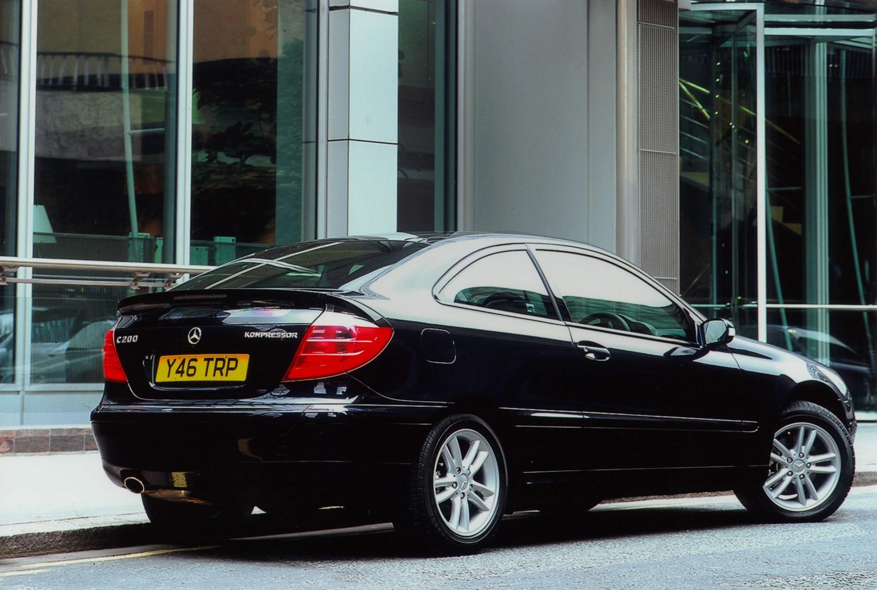 mercedes-benz c-class sports coupé review (2001 - 2008) | parkers