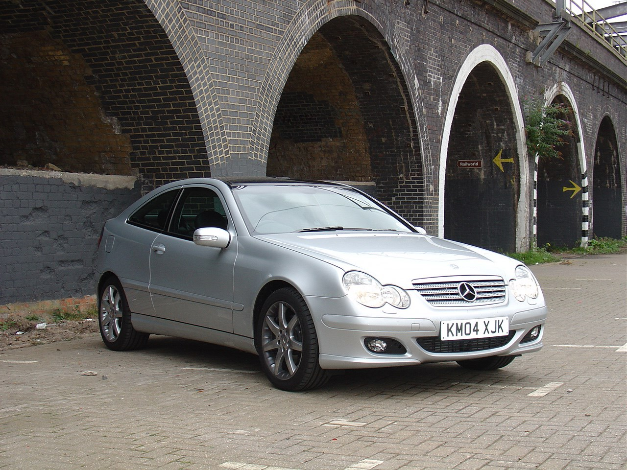 Used Mercedes-Benz C-Class Sports Coupe (2001 - 2008 ...
