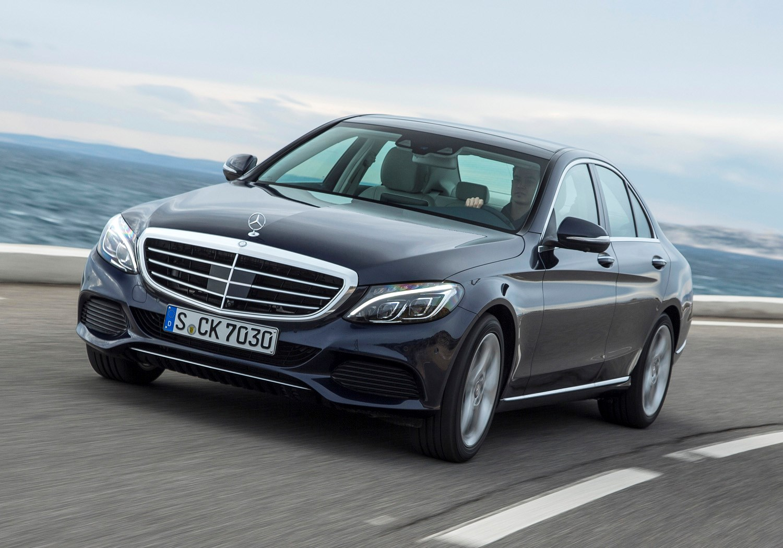 Mercedes benz c class saloon 2014 features equipment for Mercedes benz exterior parts