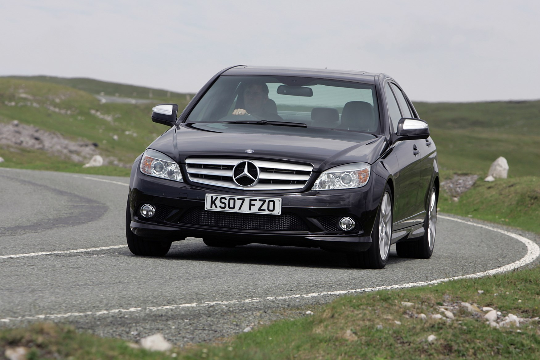Used Mercedes-Benz C-Class Saloon (2007 - 2014) Practicality | Parkers