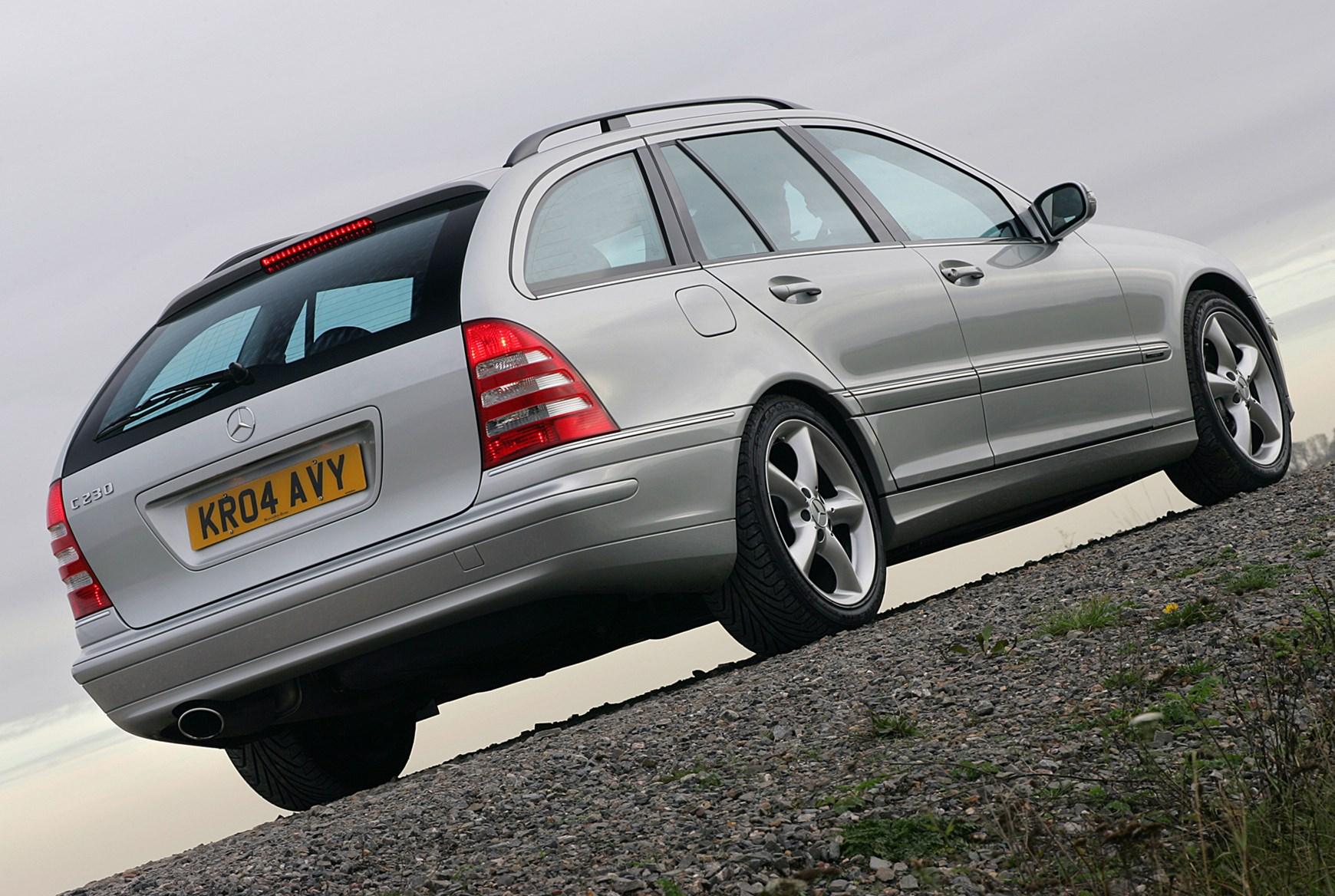 Mercedes benz c class estate 2000 2007 rivals parkers for How much is a mercedes benz c class
