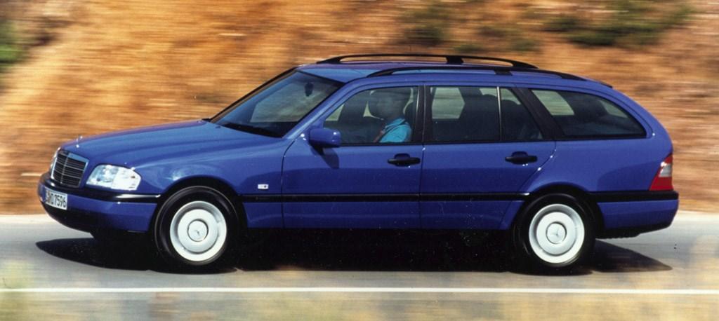 Mercedes benz c class estate 1996 2001 features for Accessories for mercedes benz c class