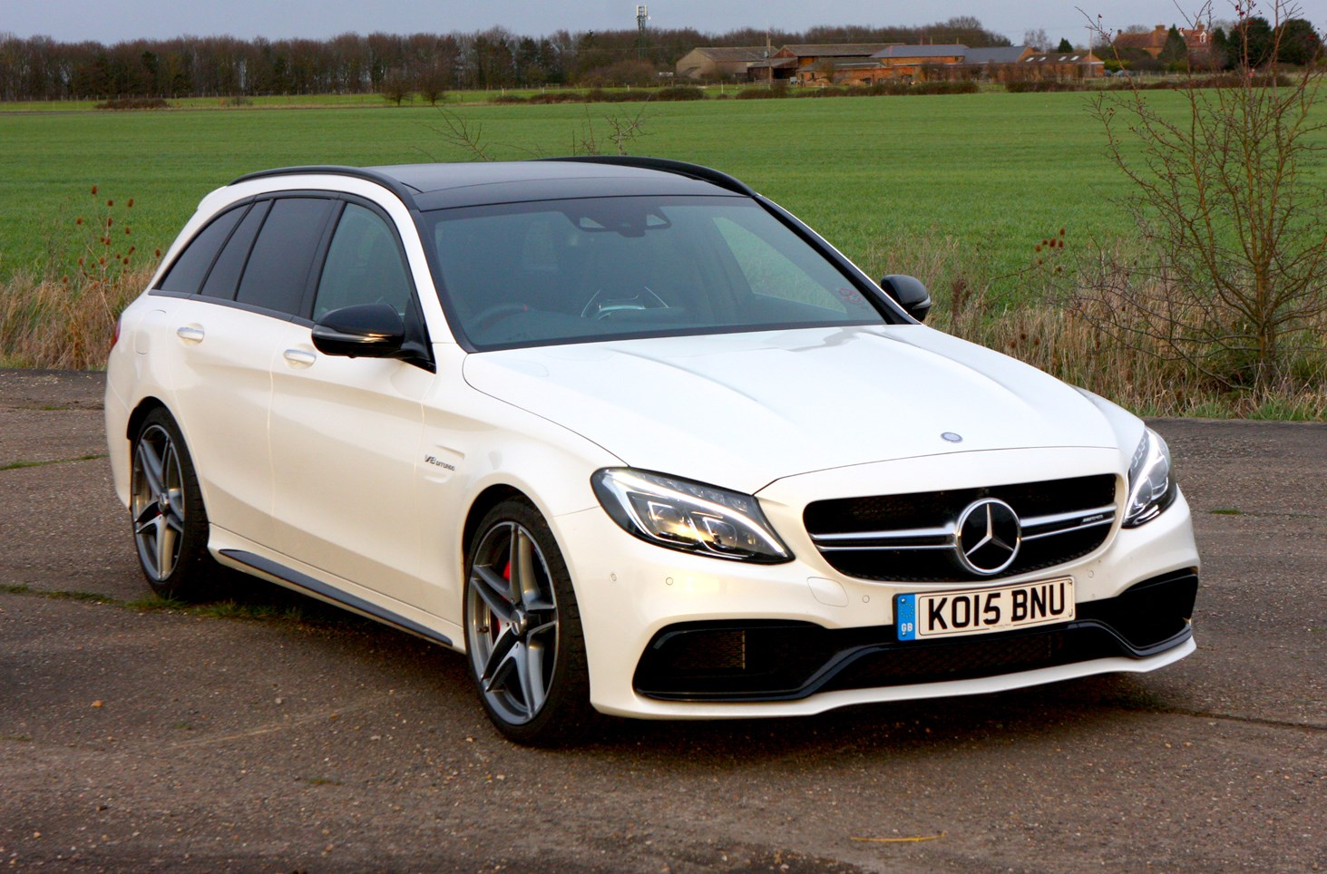 Mercedes benz c class amg 2015 features equipment for How much is a mercedes benz amg