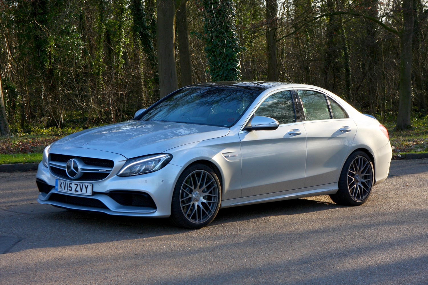 Mercedes benz c class amg 2015 driving performance for Mercedes benz 300 amg
