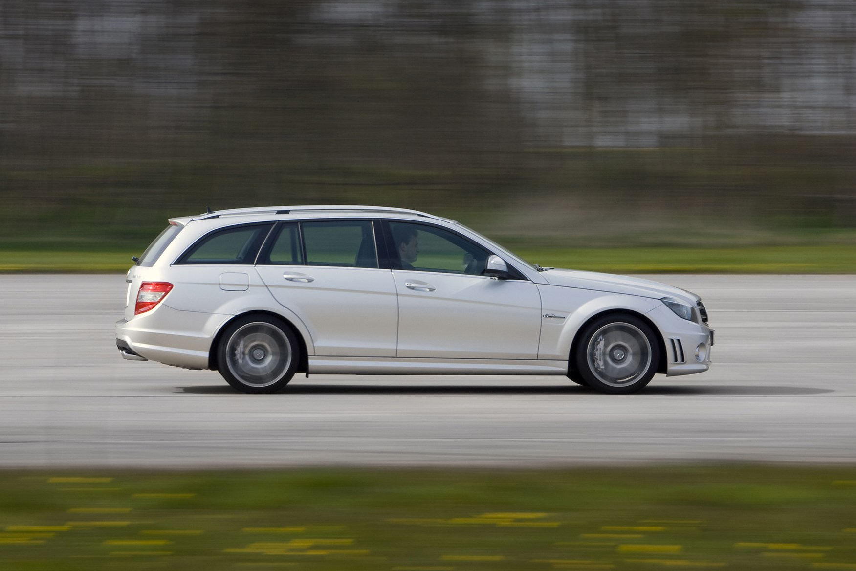 Used Mercedes-Benz C-Class AMG (2008 - 2011) Review | Parkers