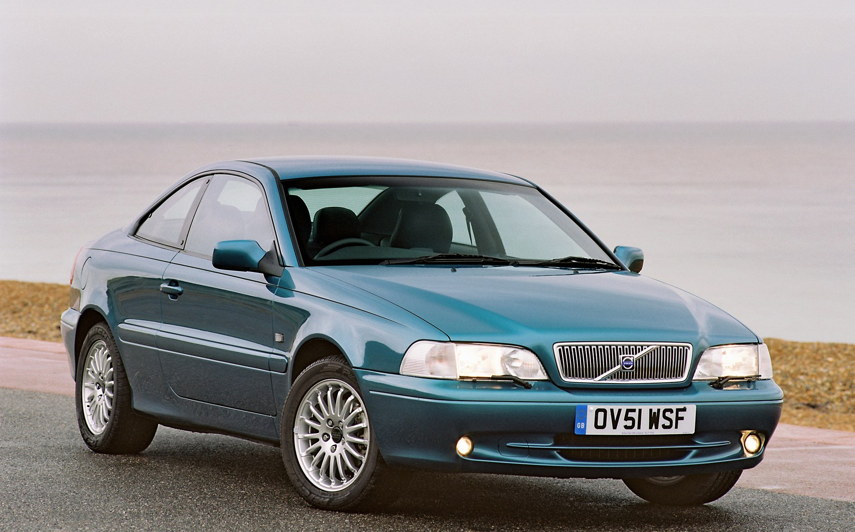 volvo c70 coup 1997 2002 rivals parkers. Black Bedroom Furniture Sets. Home Design Ideas
