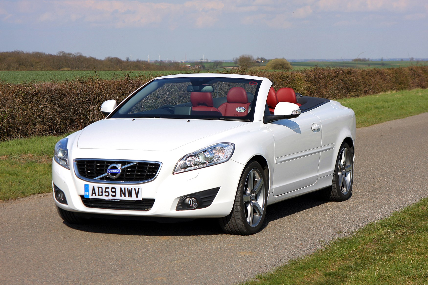 volvo c70 coup convertible review 2006 2013 parkers. Black Bedroom Furniture Sets. Home Design Ideas