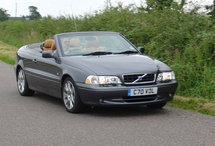 Volvo C70 Convertible Review (1999 - 2005) | Parkers