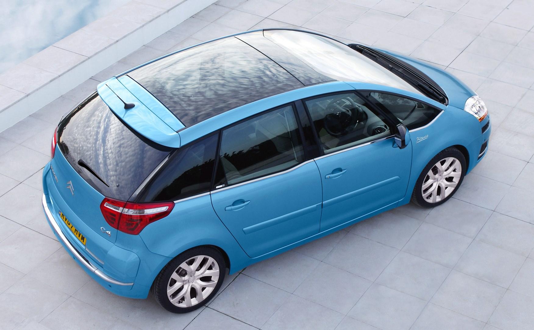 Citroën C4 Picasso Estate (2007 - 2013) Features, Equipment and Accessories    Parkers
