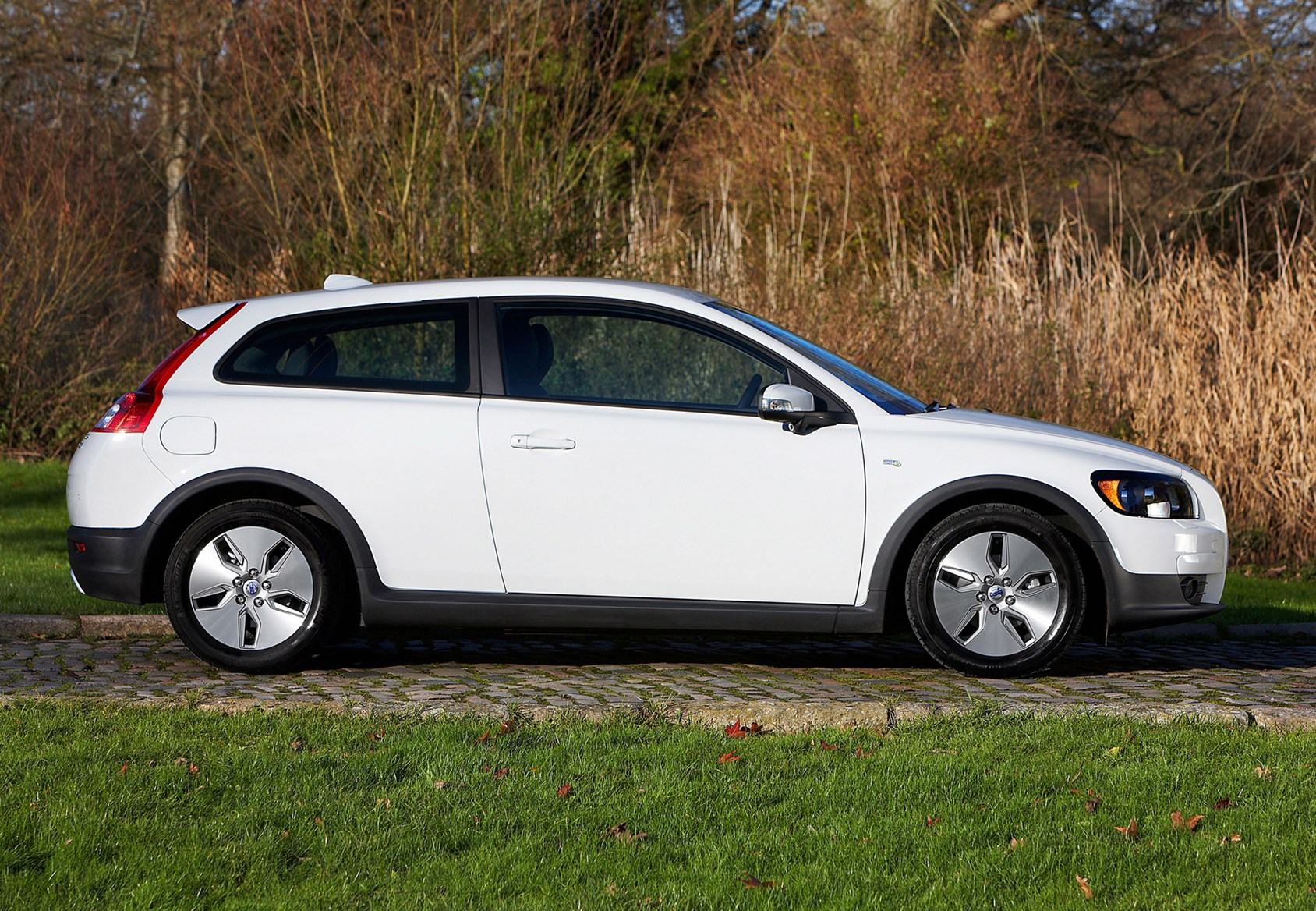 Volvo C30 Coupe Review 2007 2012