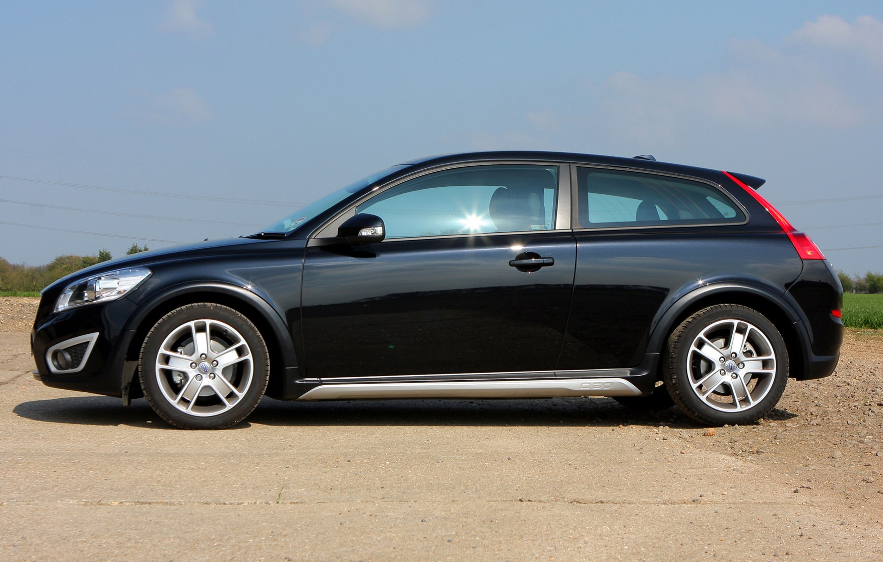 Volvo C30 Coupe Review (2007 - 2012)   Parkers