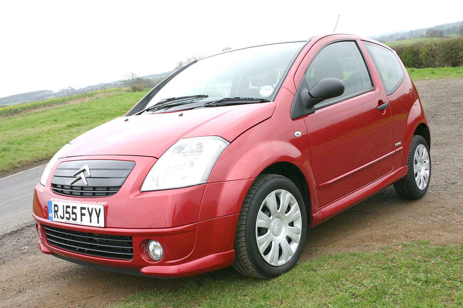 Cheap Car Insurance For Young Drivers >> Citroën C2 Hatchback Review (2003 - 2009) | Parkers