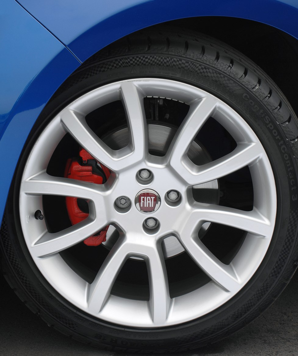 Fiat 500 1 2 Pop Star S S 3dr Hatchback: Fiat Bravo Hatchback Review (2007 - 2014)