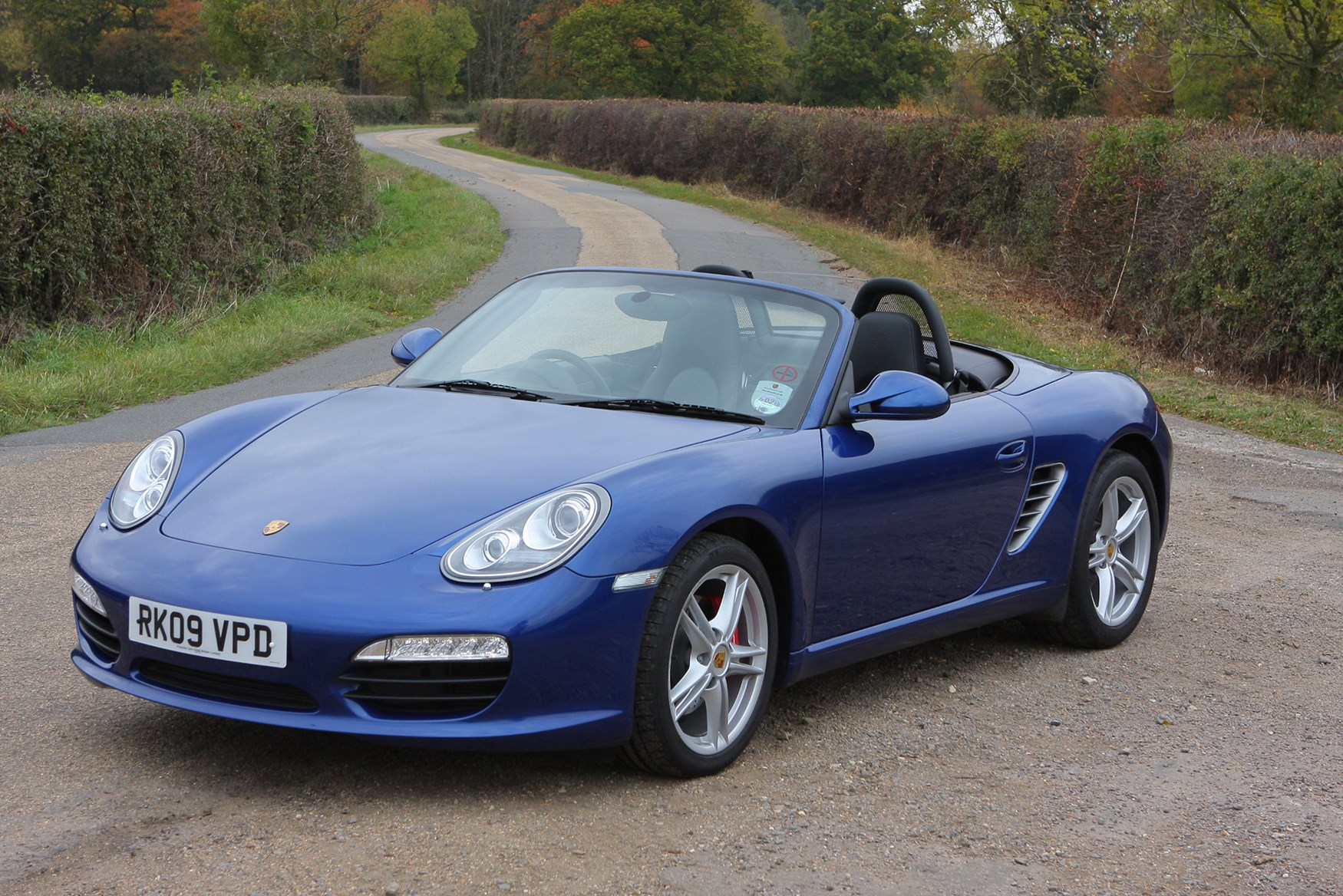 porsche boxster roadster 2004 2011 photos parkers. Black Bedroom Furniture Sets. Home Design Ideas