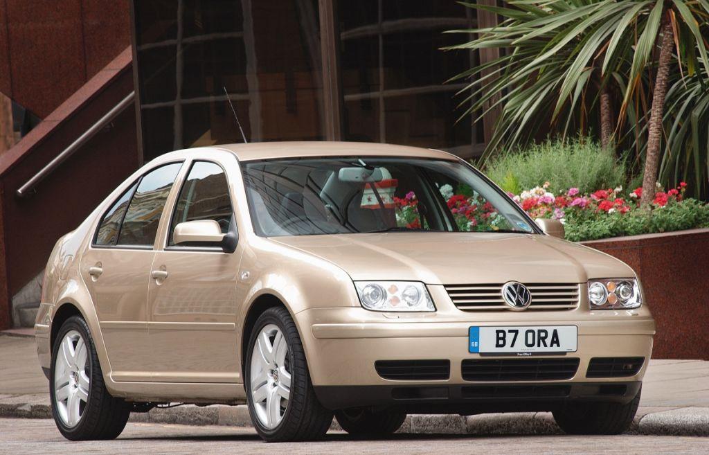 Volkswagen Bora Saloon Review (1999 - 2005) | Parkers