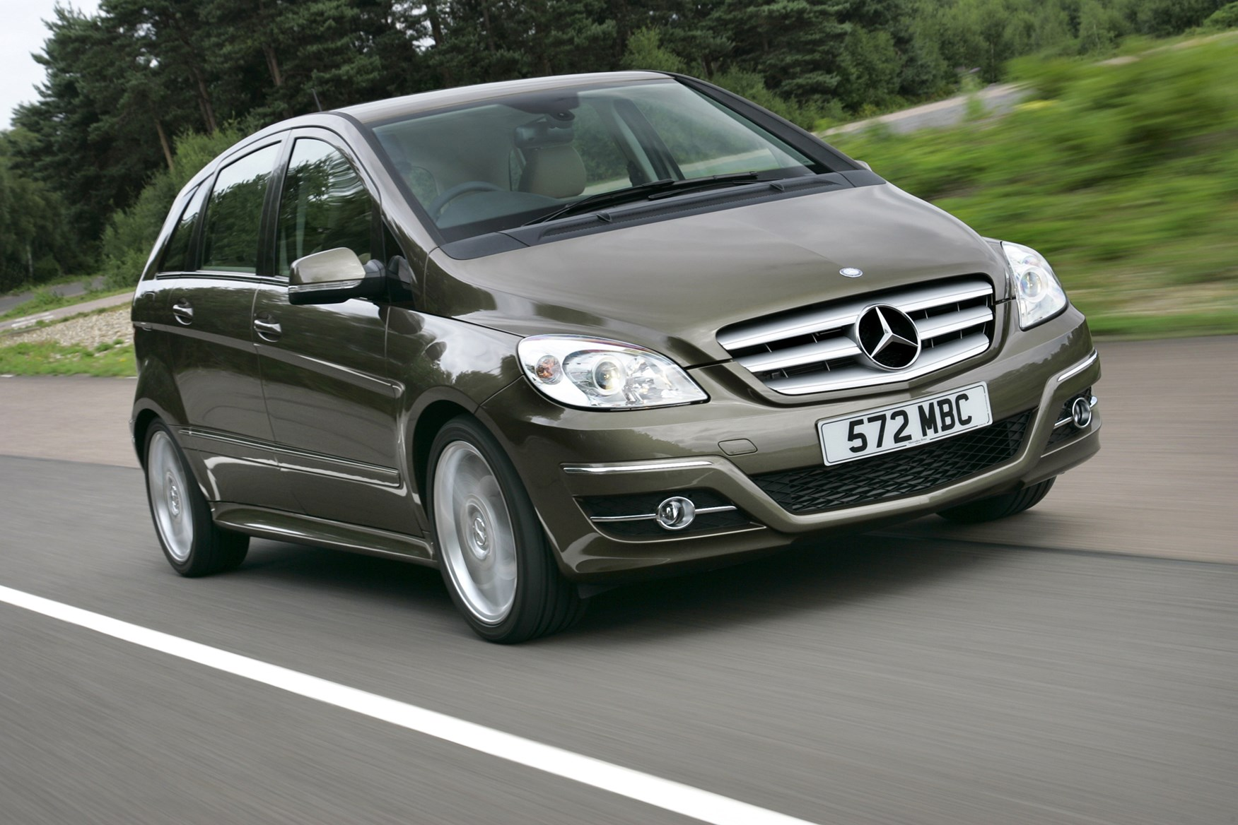 Mercedes Benz B Class Hatchback 2005 2011 Features Equipment