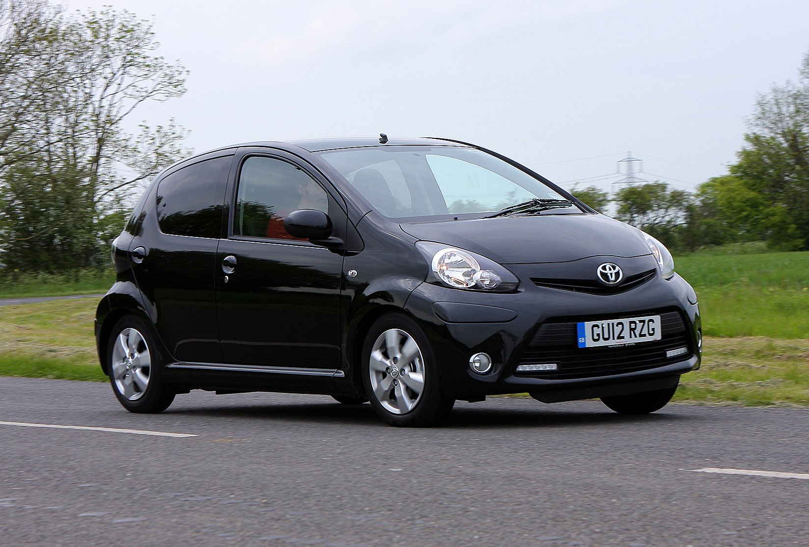 toyota aygo 2005 2014 used car buying guide review parkers. Black Bedroom Furniture Sets. Home Design Ideas