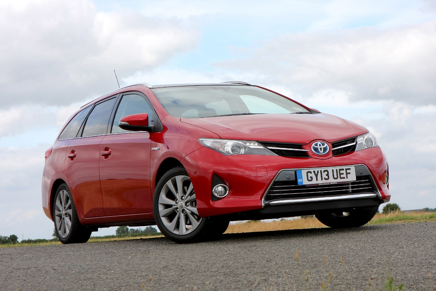 toyota auris touring sports review 2013 parkers. Black Bedroom Furniture Sets. Home Design Ideas