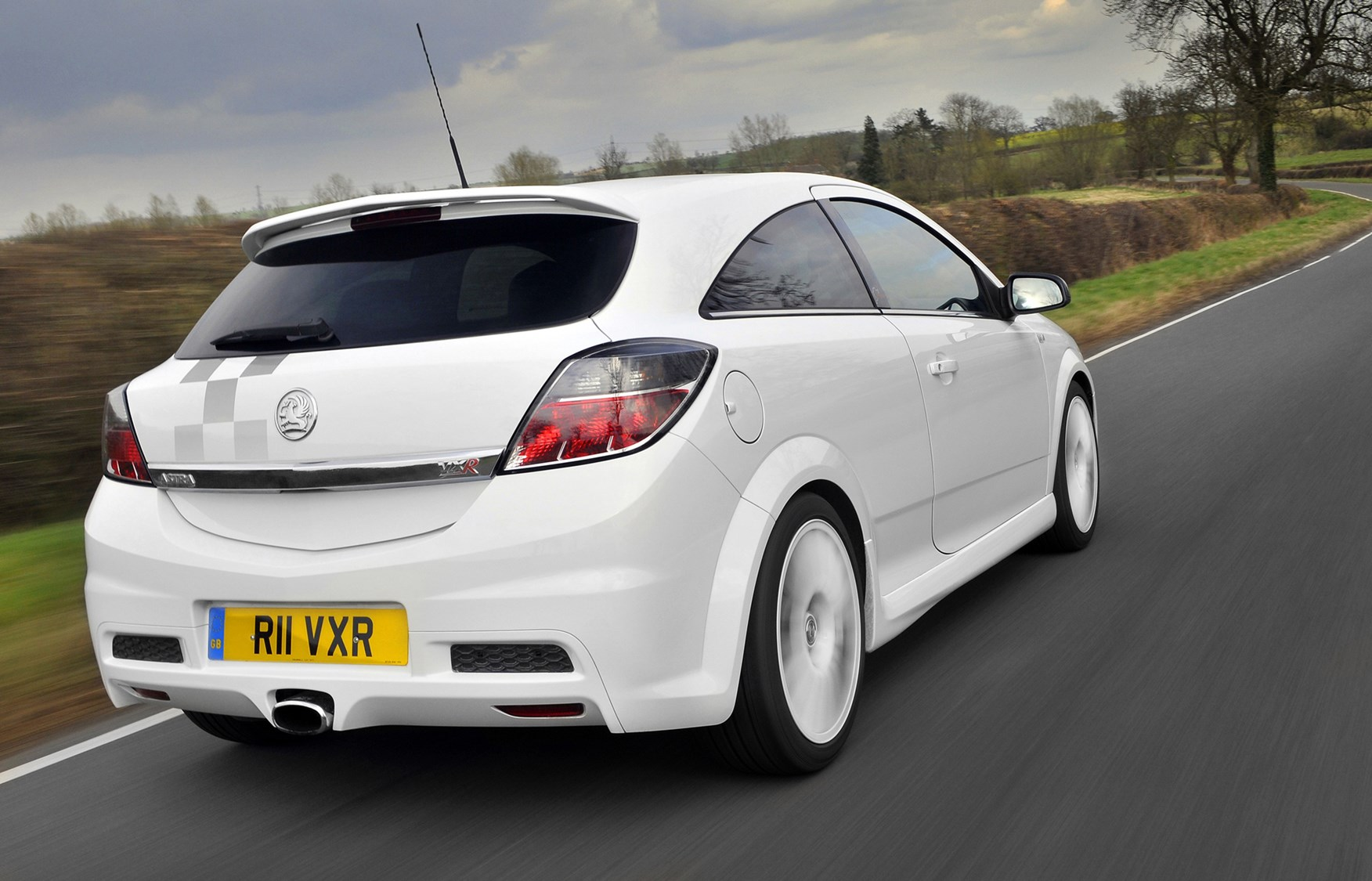 vauxhall astra vxr review 2005 2010 parkers