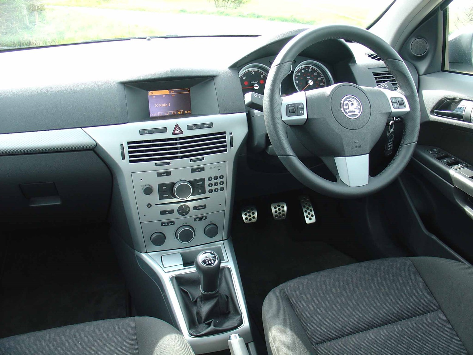 Used Vauxhall Astra Estate 2004 2010 Review Parkers