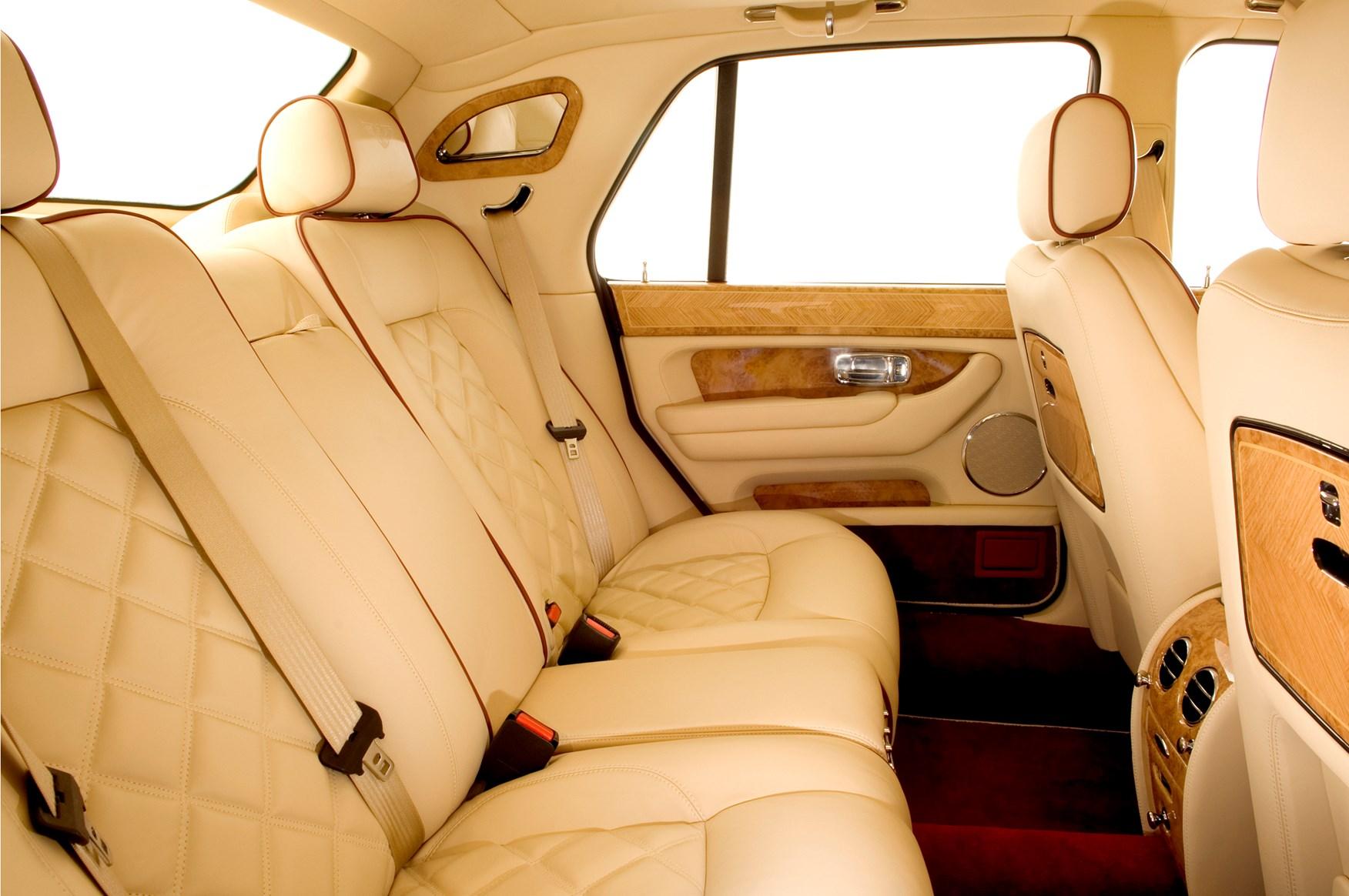 Bentley Bentayga For Sale >> Bentley Arnage Saloon Review (1998 - 2009) | Parkers