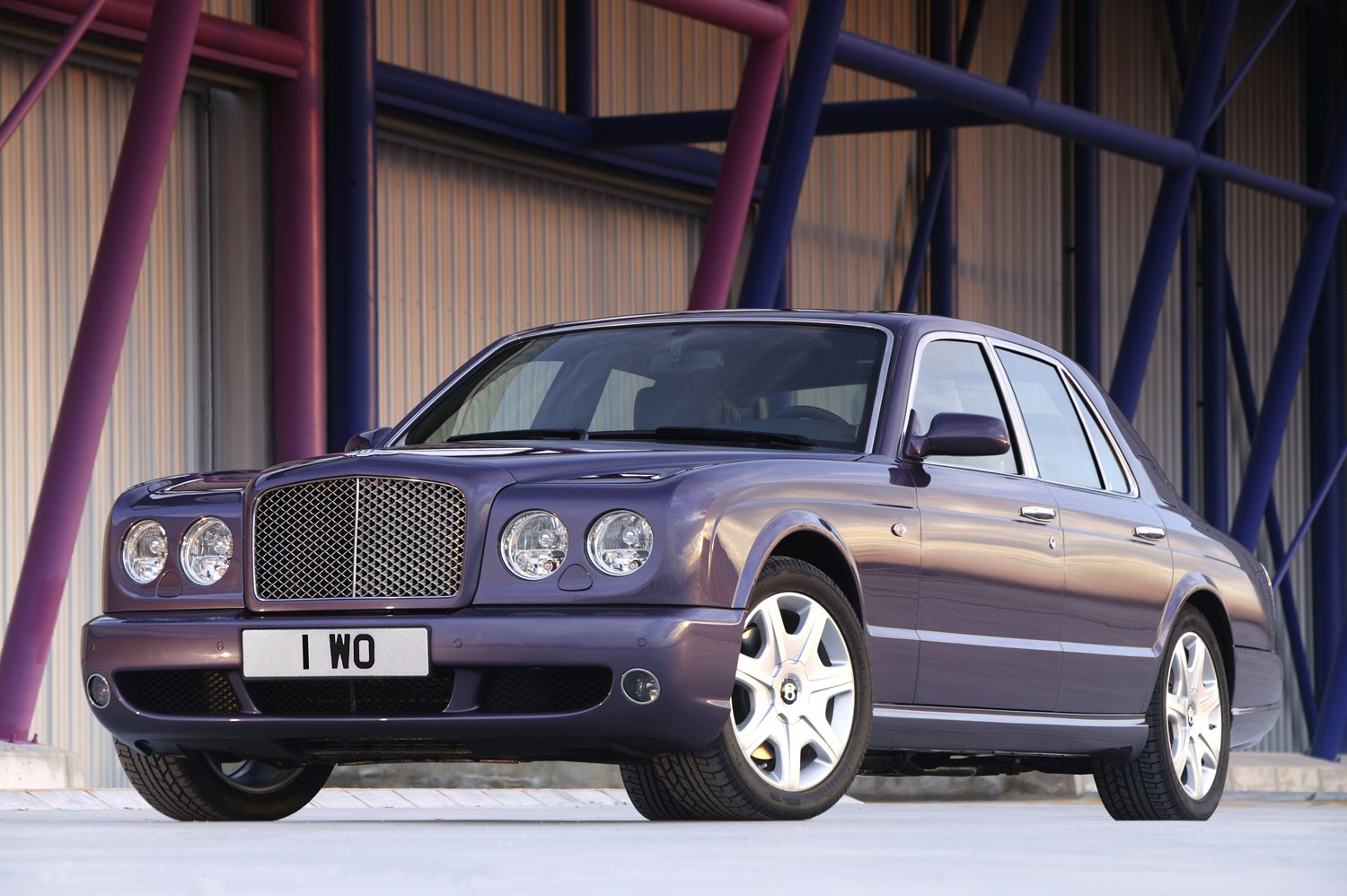 Bentley arnage saloon review 1998 2009 parkers vanachro Image collections