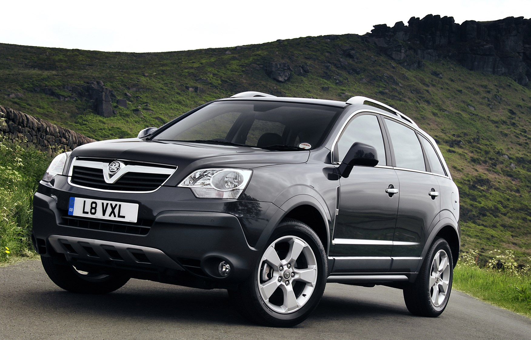 Cars Com Reviews >> Vauxhall Antara Station Wagon Review (2007 - 2015) | Parkers