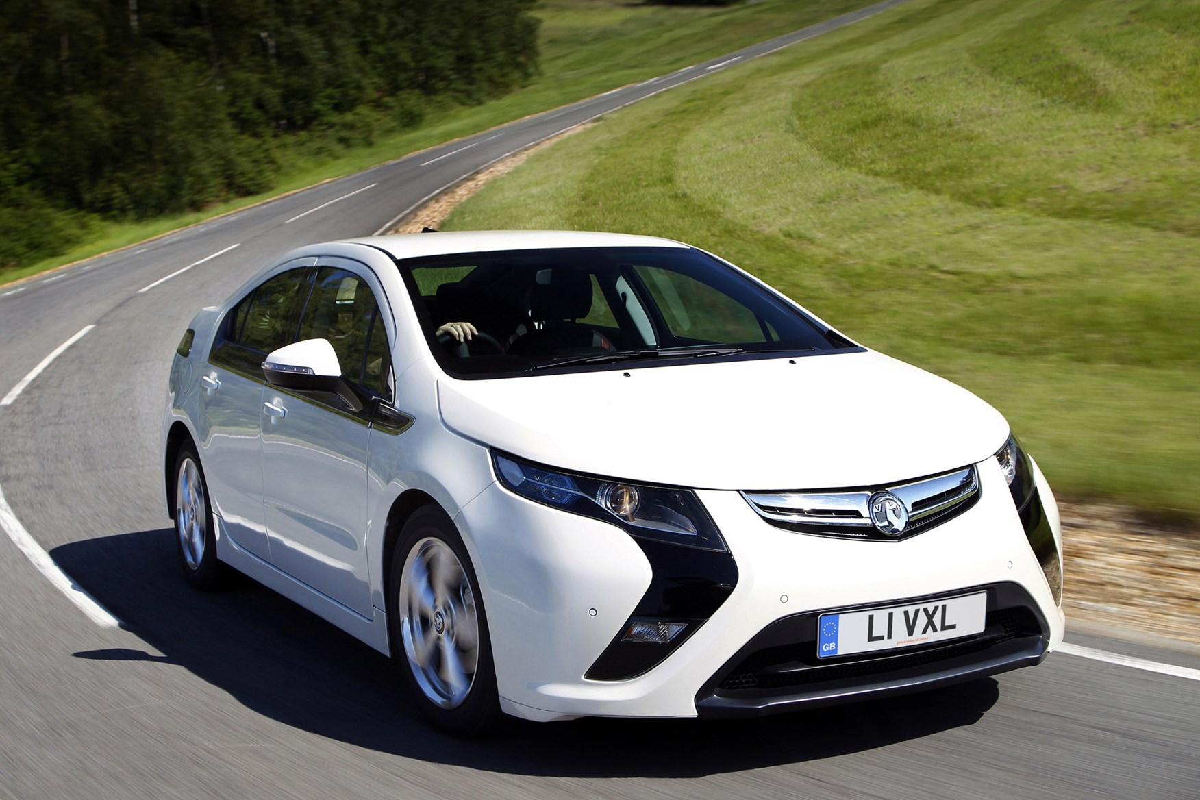 vauxhall ampera hatchback review 2012 2015 parkers. Black Bedroom Furniture Sets. Home Design Ideas