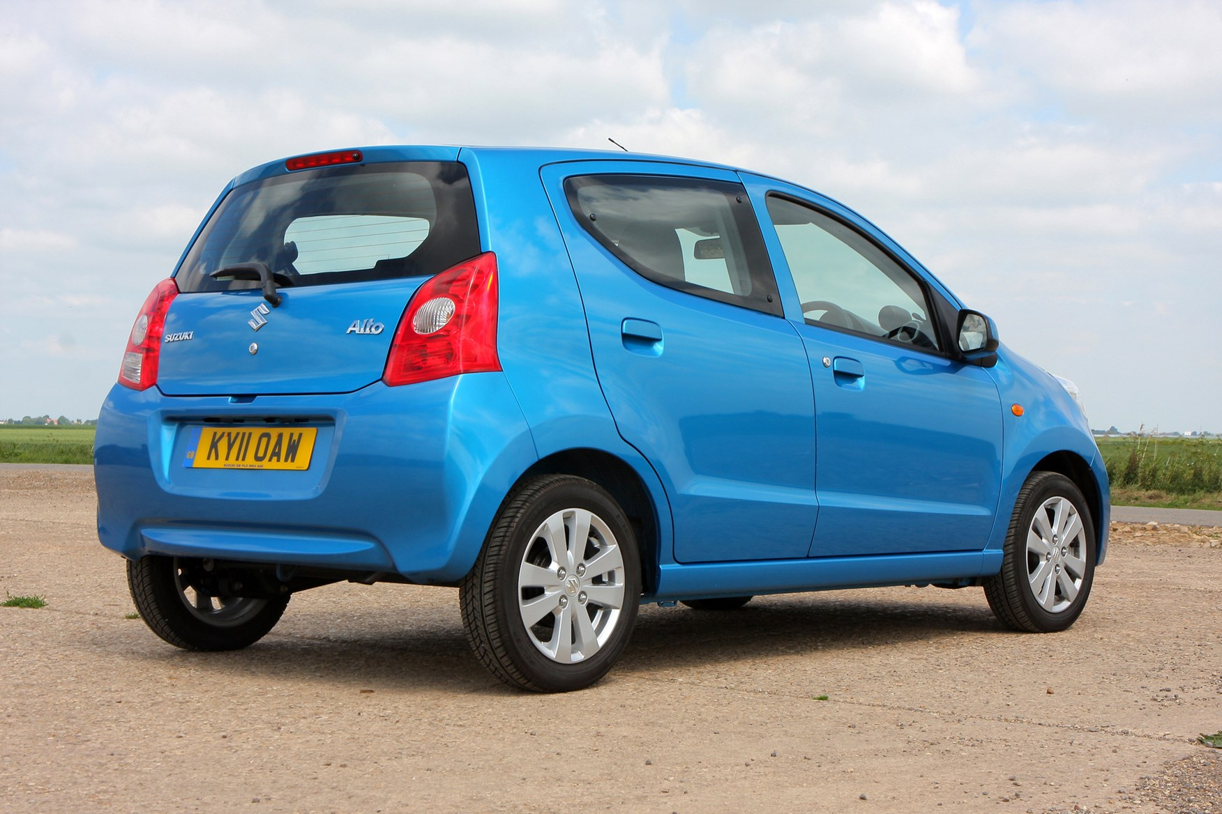 Used Cars For Sale >> Suzuki Alto Hatchback Review (2009 - 2014) | Parkers