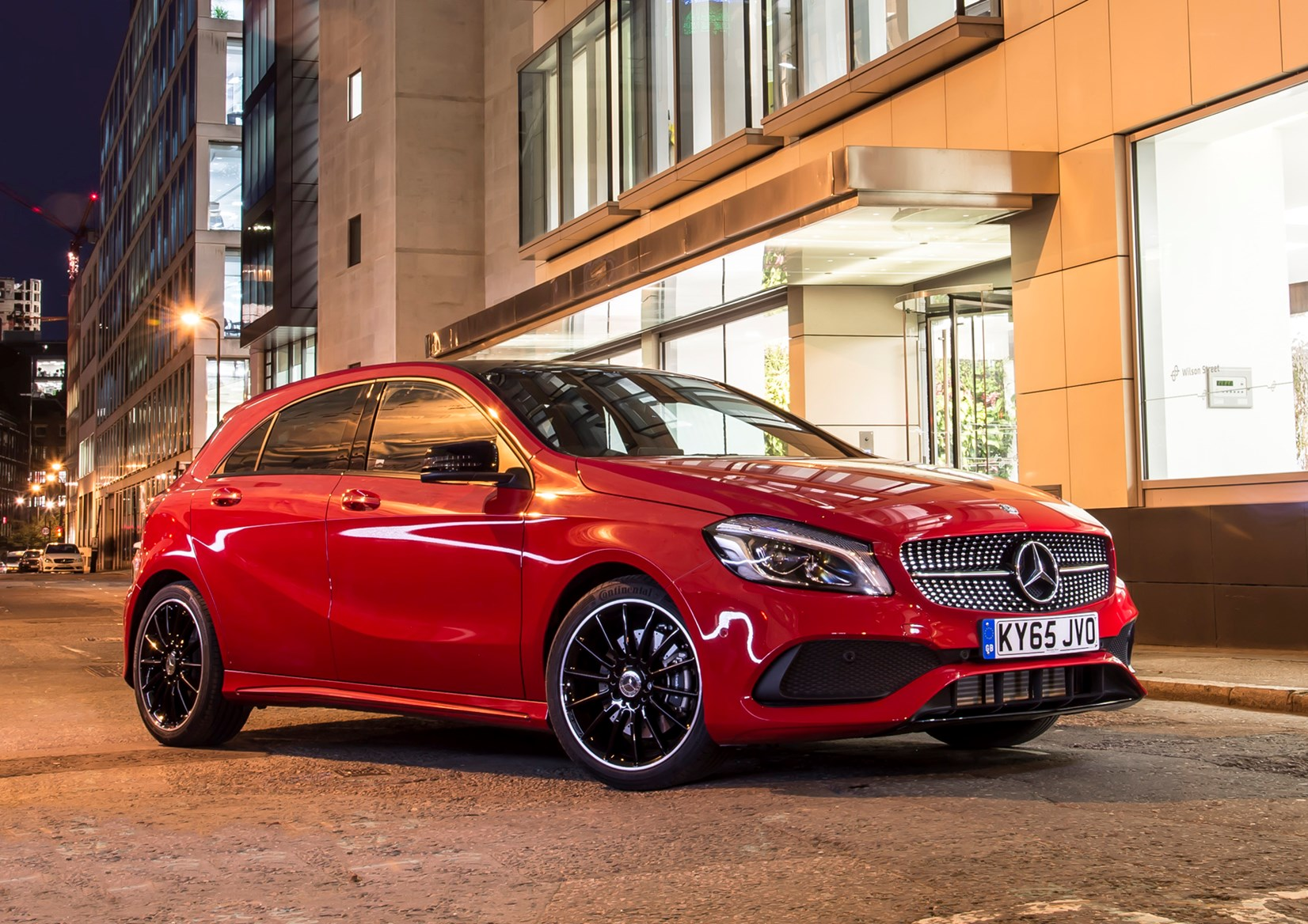 Mercedes benz a class review parkers for Mercedes benz a class