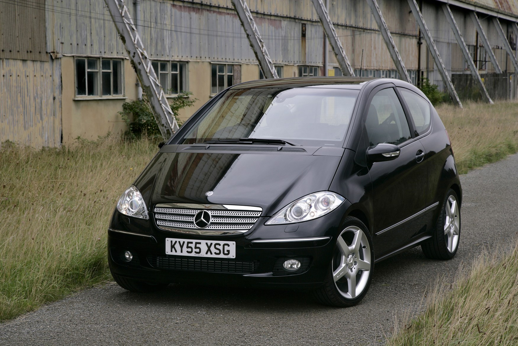 mercedes benz a class hatchback review 2005 2012 parkers. Black Bedroom Furniture Sets. Home Design Ideas
