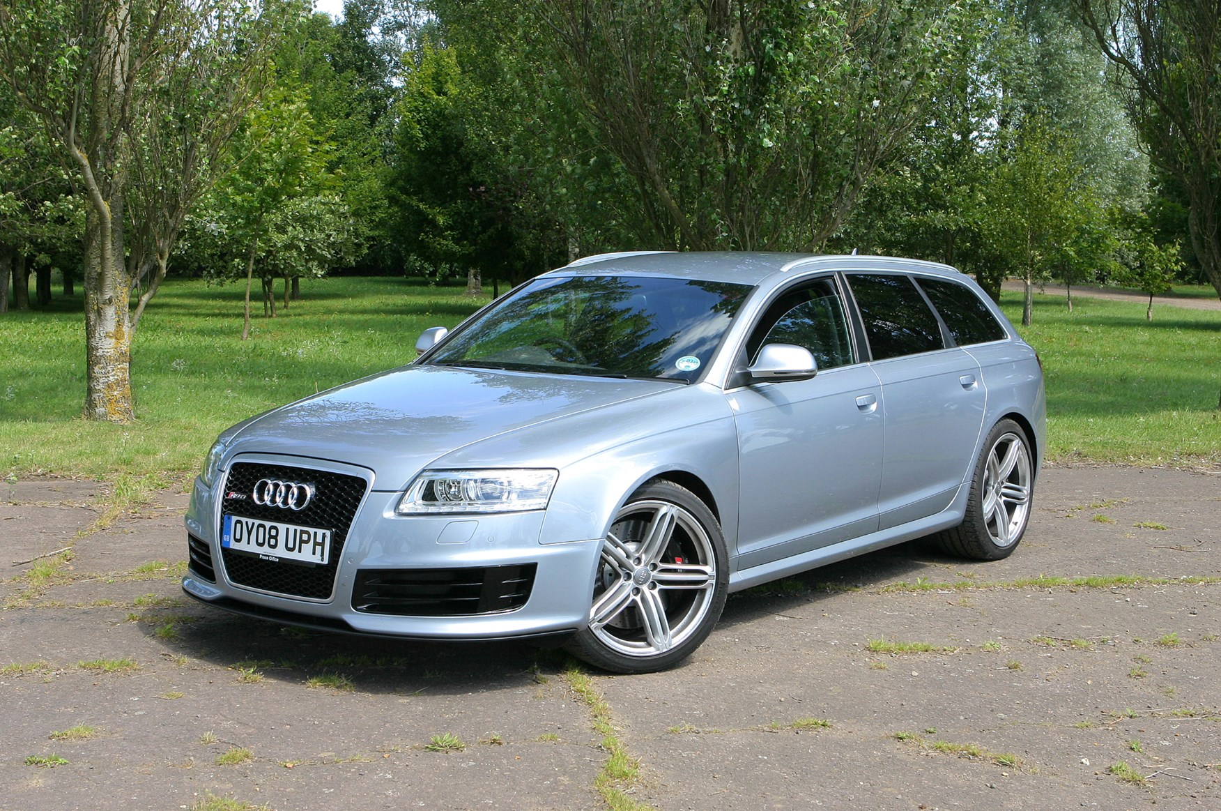 audi a6 rs6 review 2008 2010 parkers. Black Bedroom Furniture Sets. Home Design Ideas