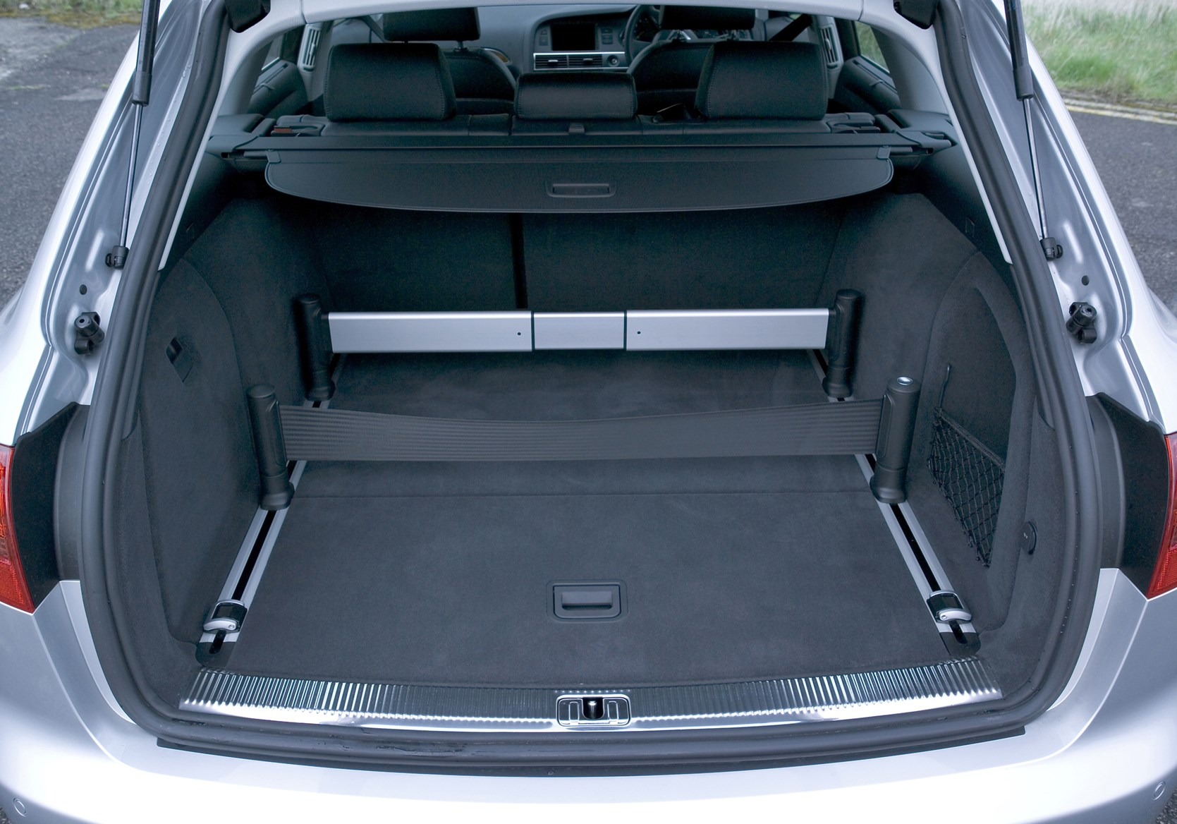 Audi A6 Avant 2005 2011 Features Equipment And