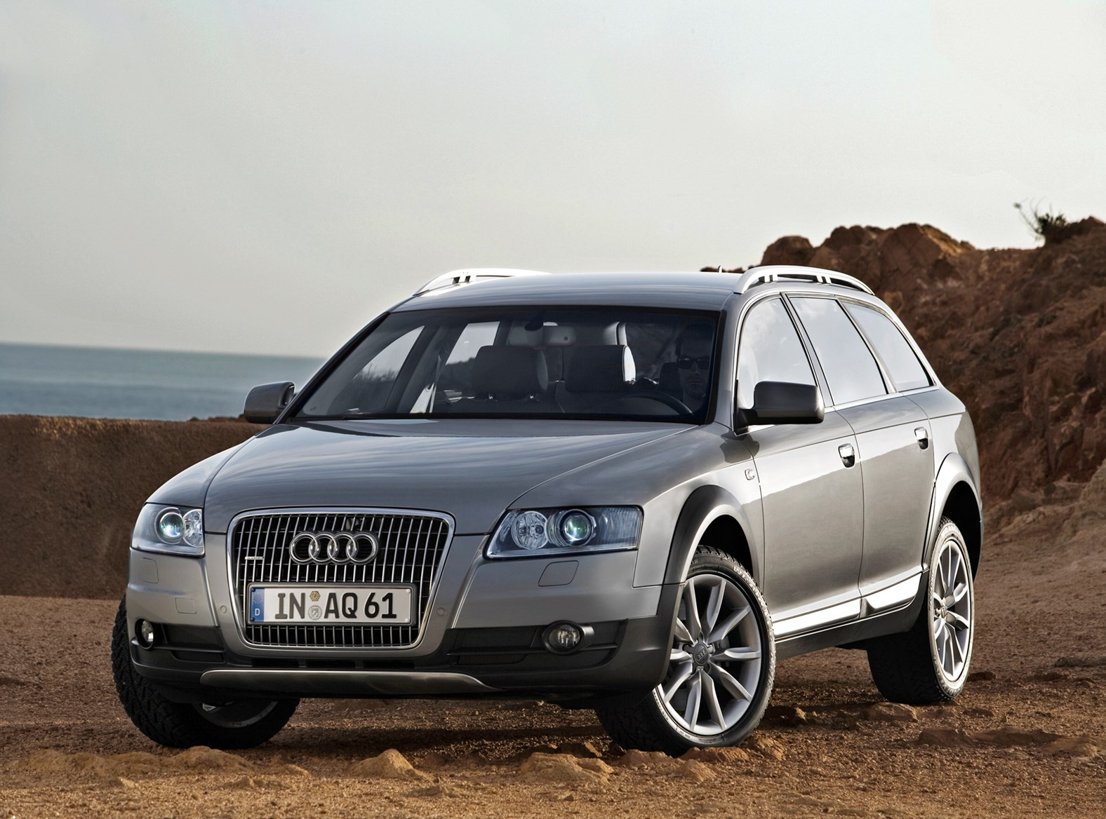 audi a6 allroad review 2006 2011 parkers. Black Bedroom Furniture Sets. Home Design Ideas