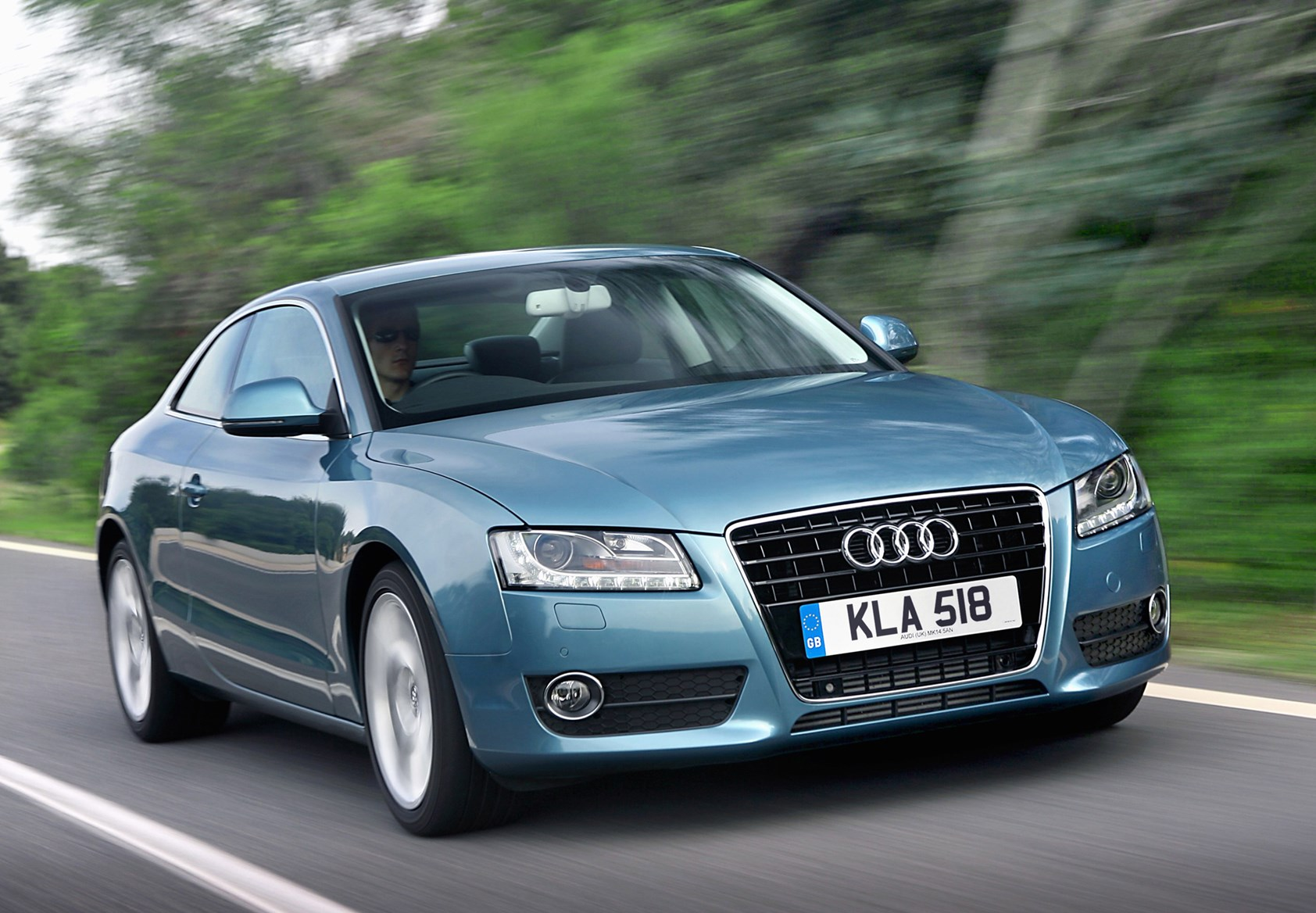 audi a5 coup 2007 2016 features equipment and. Black Bedroom Furniture Sets. Home Design Ideas