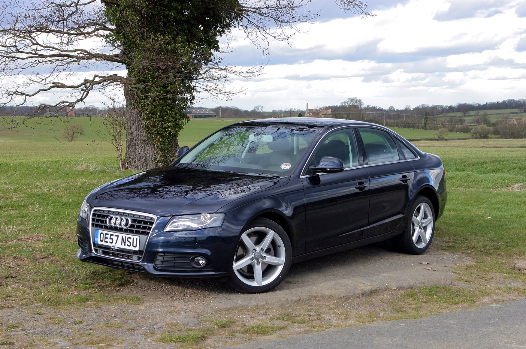 Audi A4 Saloon 2008 2015 Features Equipment And