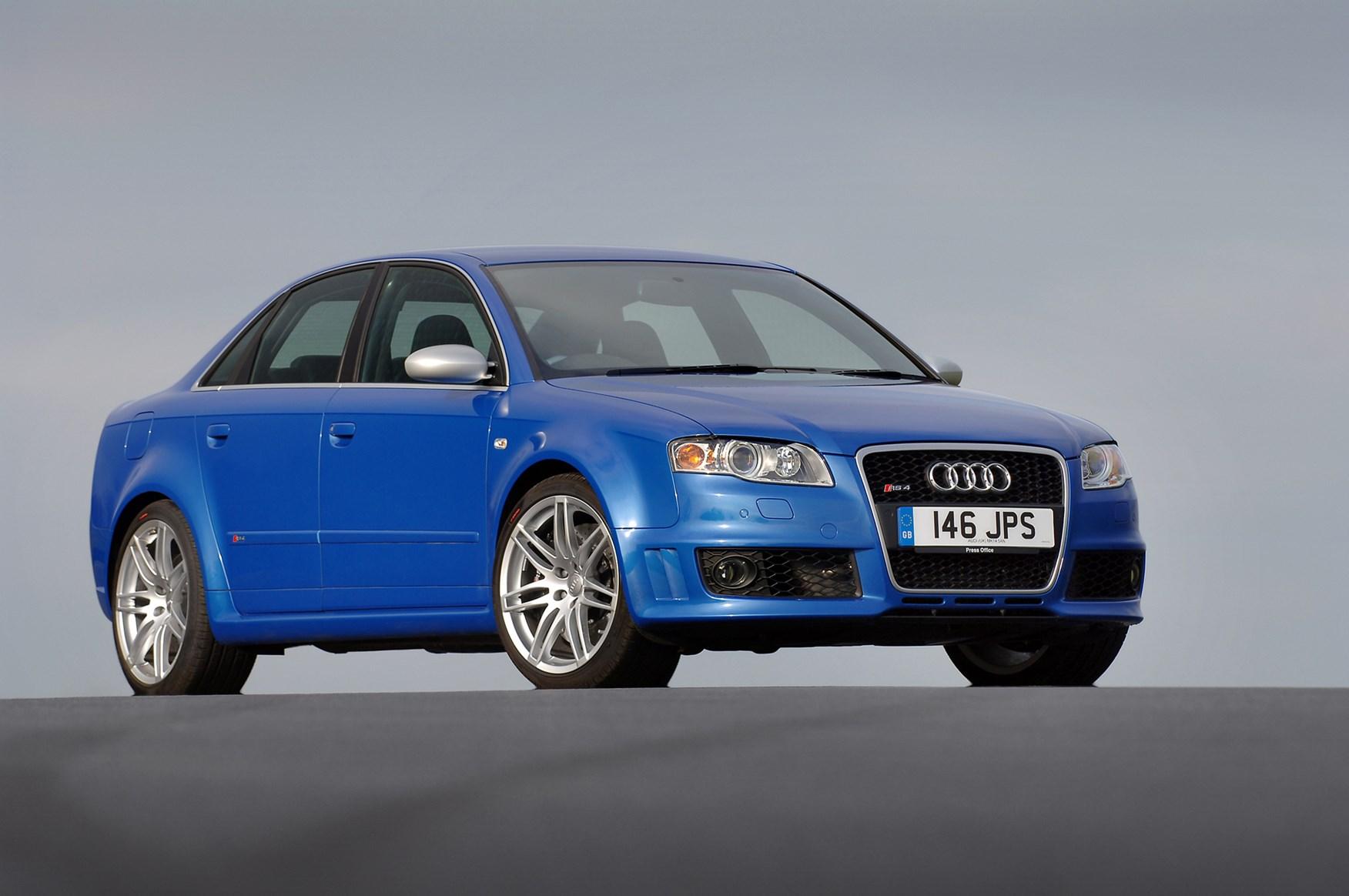 Audi A4 RS4 Review (2005 - 2008) | Parkers