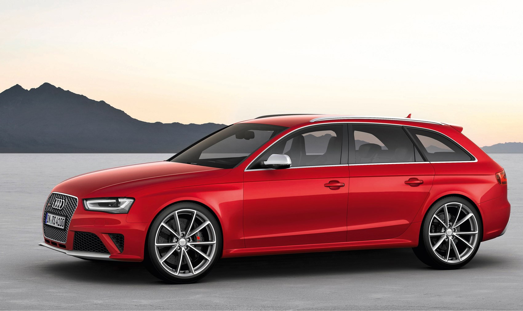 Used Audi A4 RS4 Avant (2012 - 2015) Review | Parkers