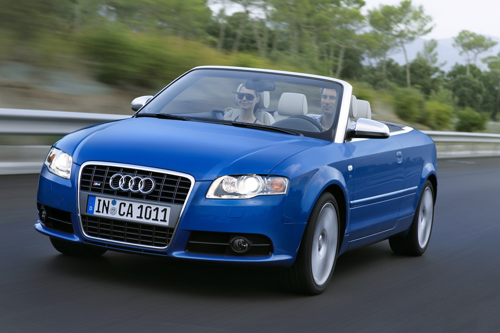 audi a4 cabriolet 2006 2009 photos parkers. Black Bedroom Furniture Sets. Home Design Ideas