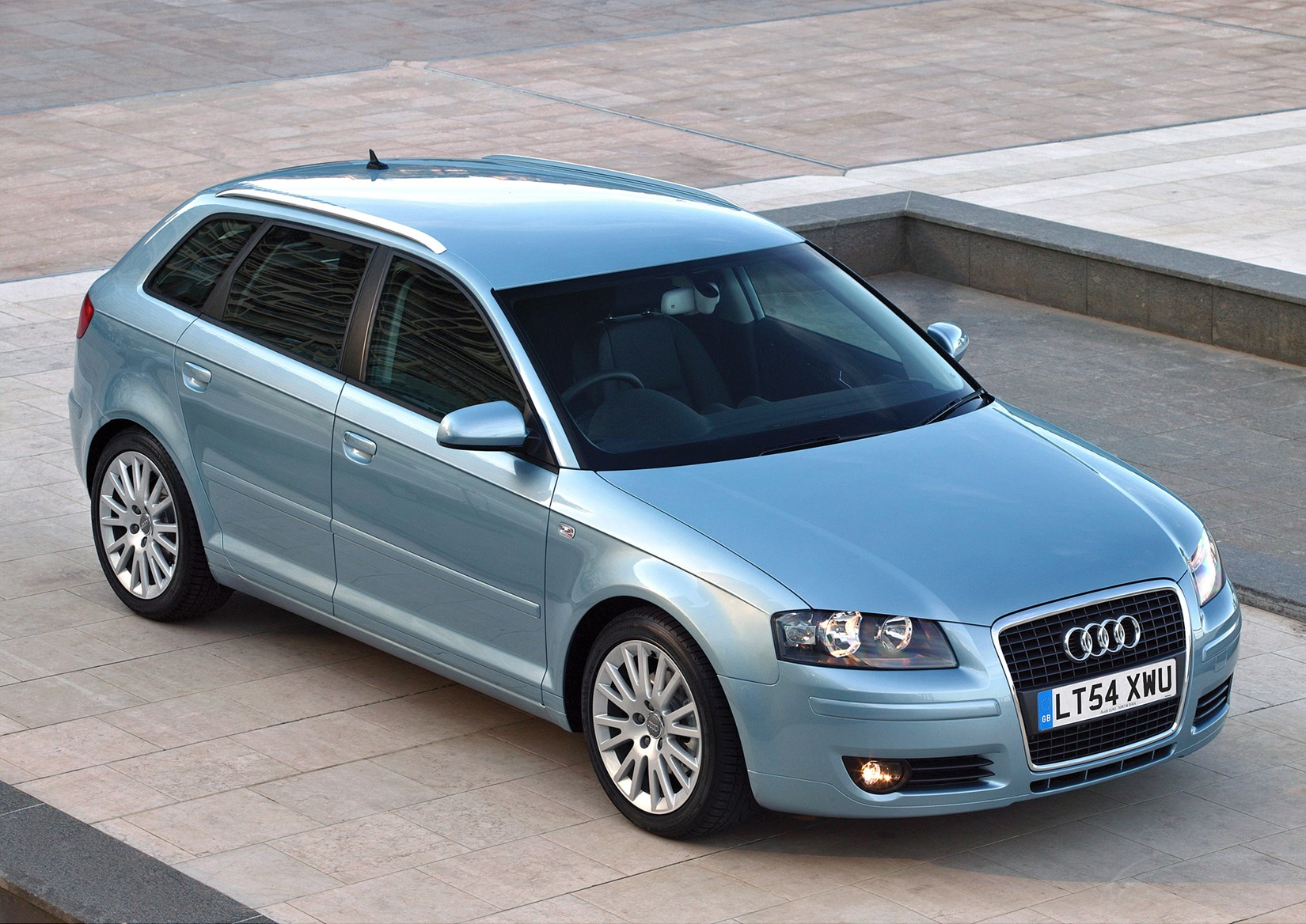 audi a3 sportback review 2004 2013 parkers. Black Bedroom Furniture Sets. Home Design Ideas
