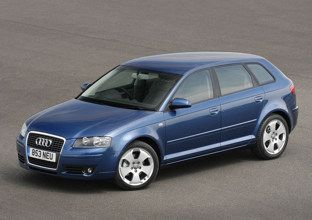 audi a3 sportback 2004 2013 features equipment and accessories parkers. Black Bedroom Furniture Sets. Home Design Ideas