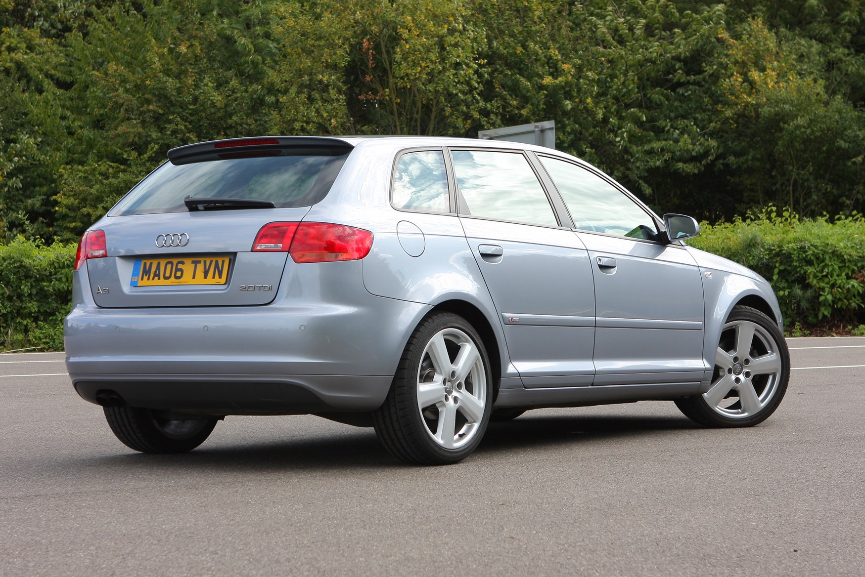 Audi A3 Sportback (2004 - 2013) Features, Equipment and ...