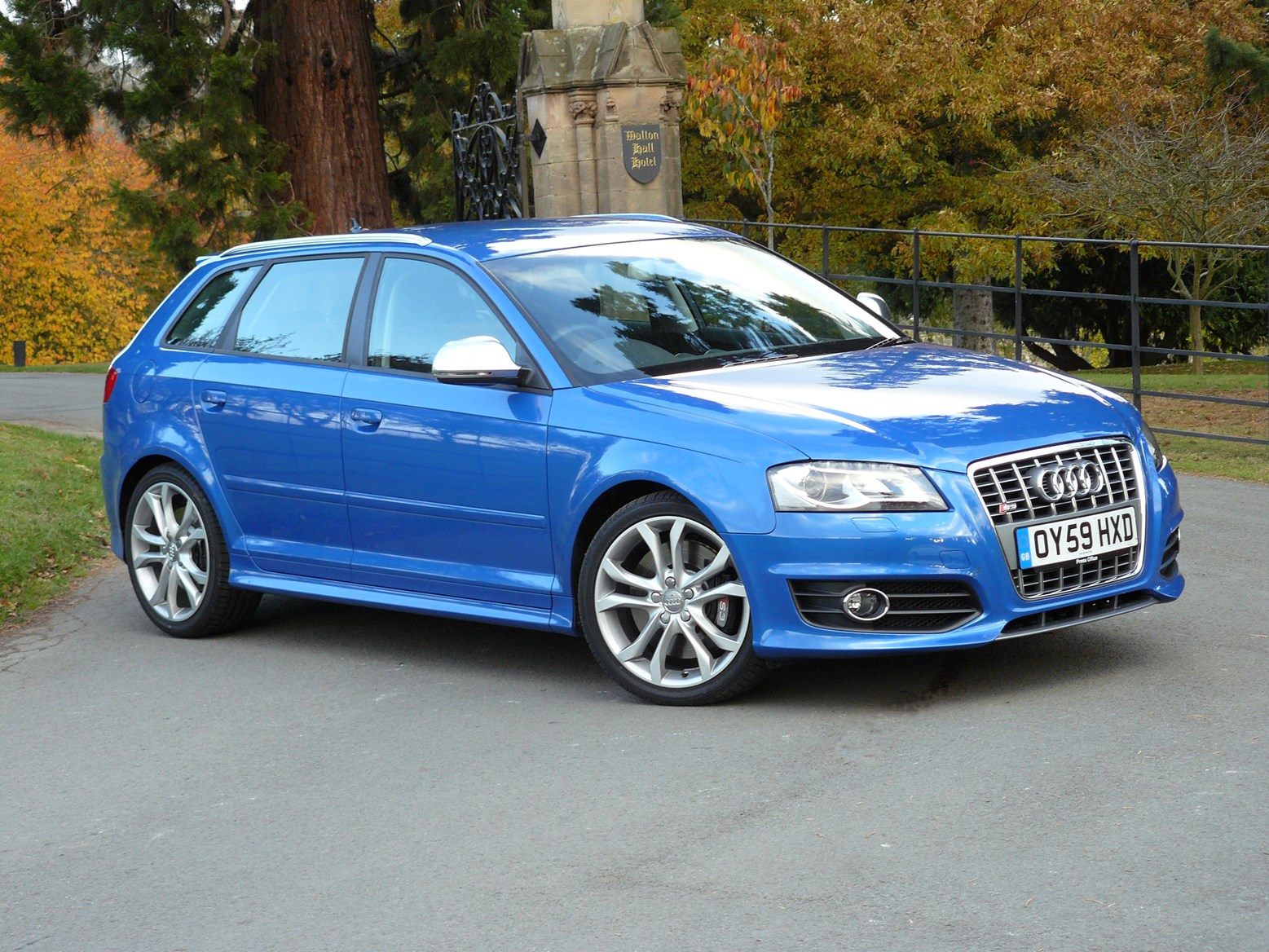 audi a3 s3 review 2006 2013 parkers. Black Bedroom Furniture Sets. Home Design Ideas