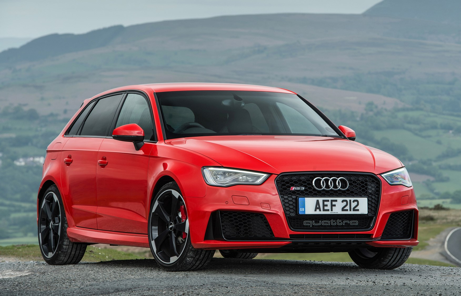 Audi A3 RS3 Sportback (2015 - 2016) Features, Equipment ...