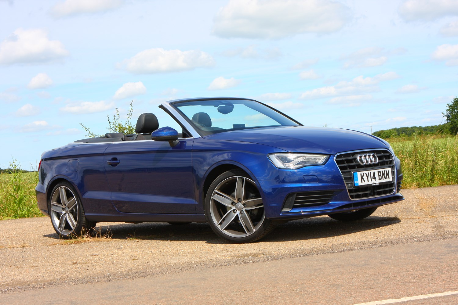 audi a3 cabriolet 2014 features equipment and accessories parkers. Black Bedroom Furniture Sets. Home Design Ideas