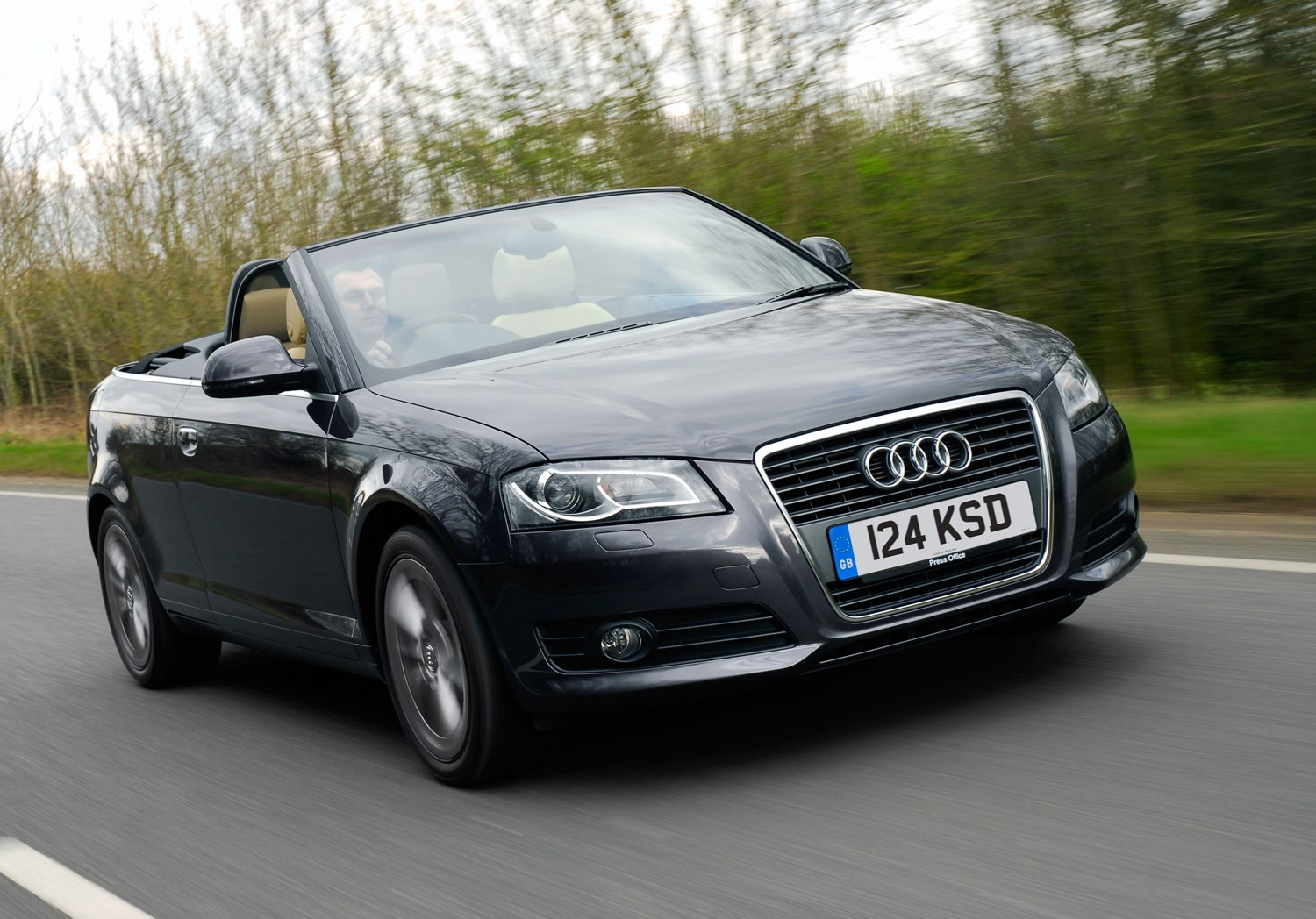 audi a3 cabriolet 2008 2013 features equipment and accessories parkers. Black Bedroom Furniture Sets. Home Design Ideas
