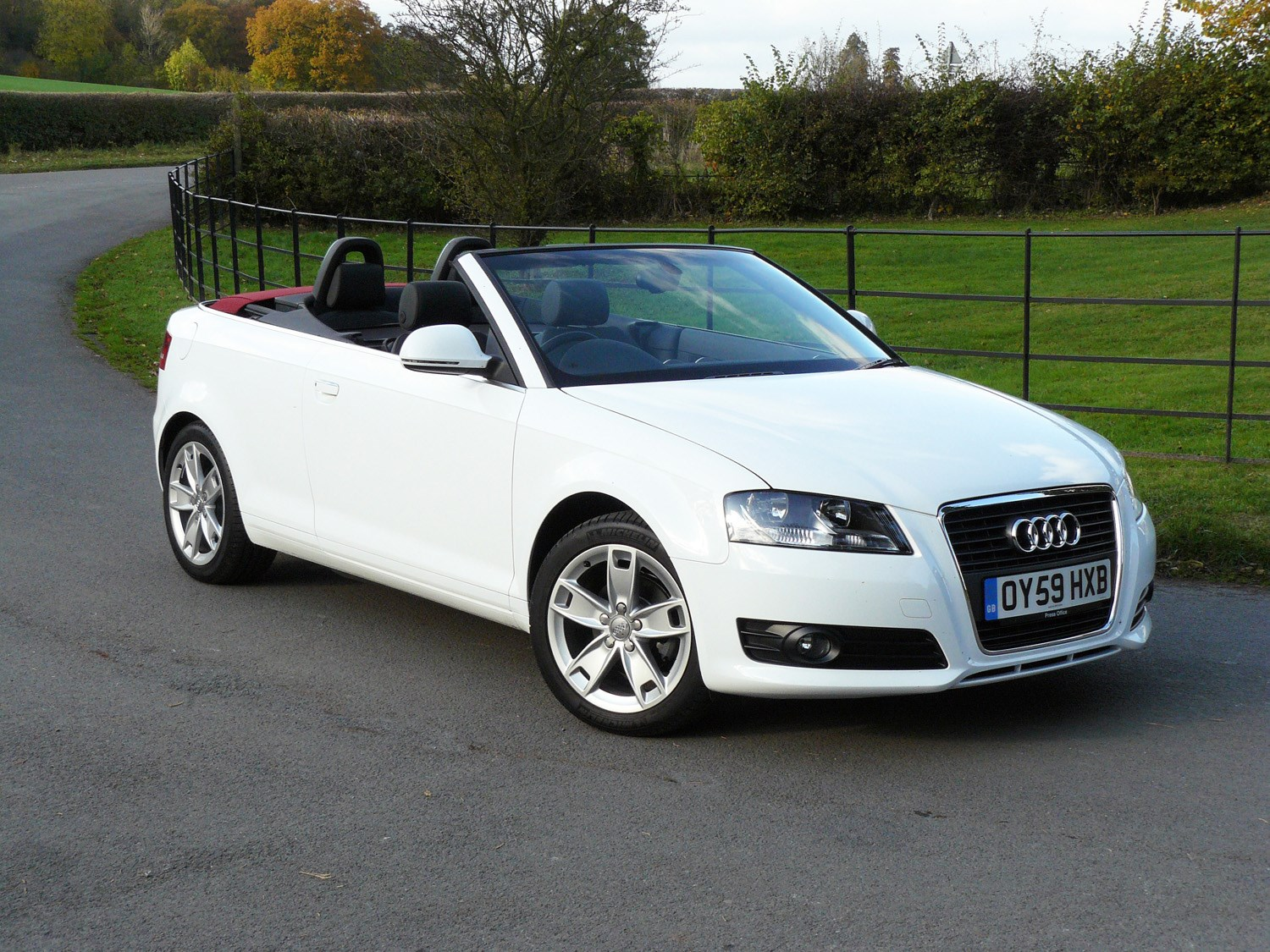 audi a3 cabriolet 2008 2013 rivals parkers. Black Bedroom Furniture Sets. Home Design Ideas