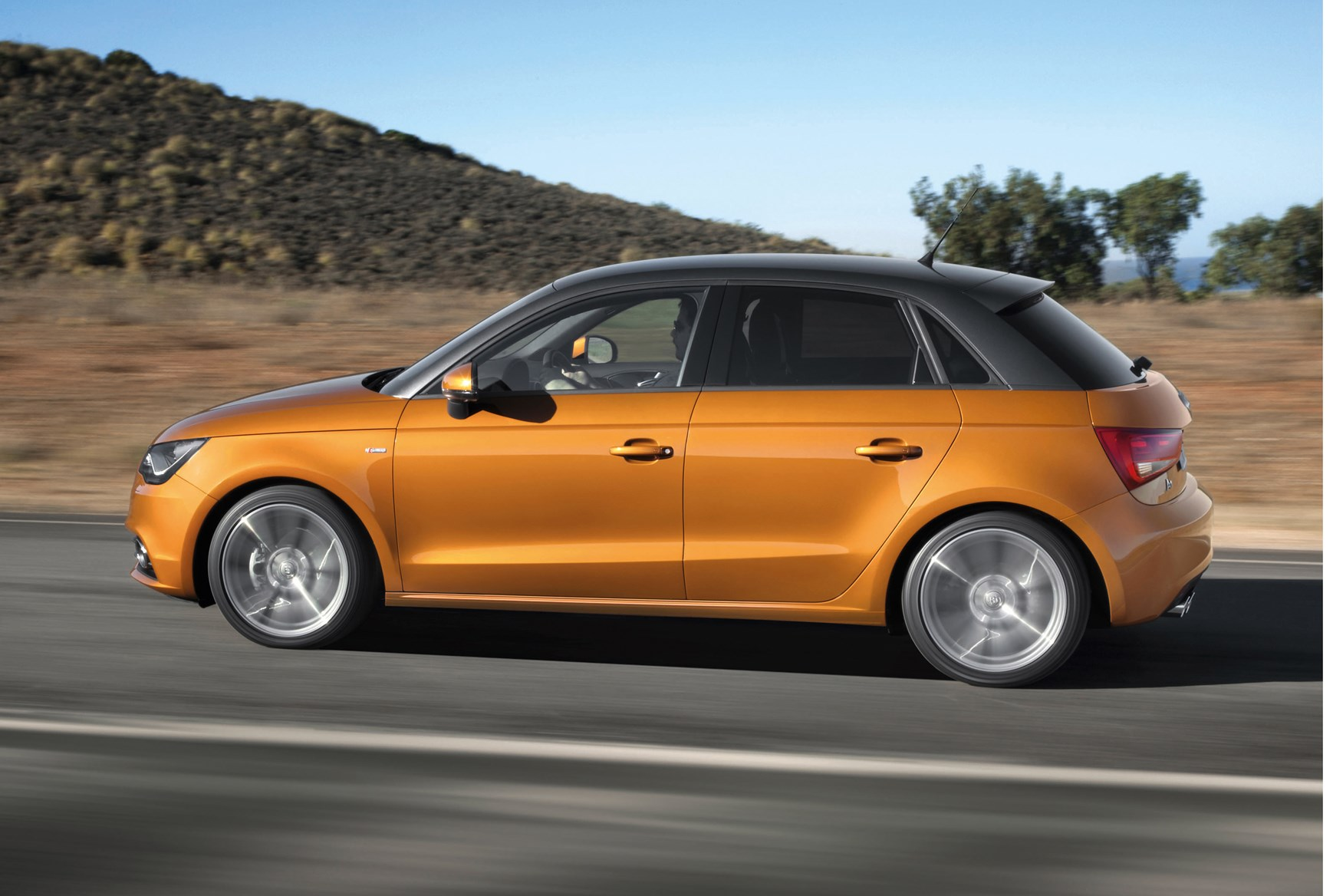 audi a1 sportback 2012 features equipment and. Black Bedroom Furniture Sets. Home Design Ideas