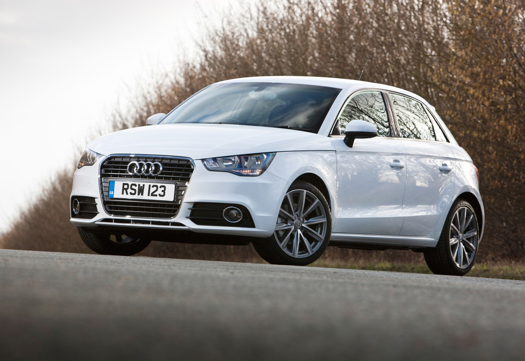 audi a1 sportback 2012 features equipment and accessories parkers. Black Bedroom Furniture Sets. Home Design Ideas
